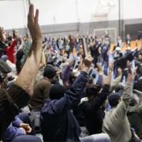 Assembleia aprova: Estado de greve e indicativo de paralisação em 24/5
