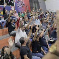 Assembleia aprova luta contra demissões e critérios para as eleições no Sindicato